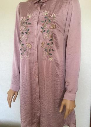 Платье рубашка сатиновое пудрового цвета с вышивкой atmosphere...