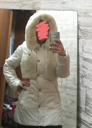 Белая тёплая зимняя куртка с мехом кролика, меховый пуховик