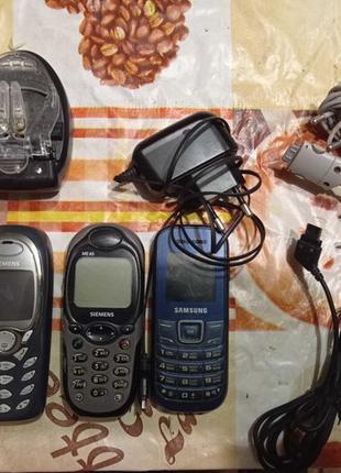 Кнопочные телефоны и зарядки