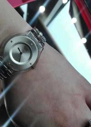 Продати часы swatch c камнями Сваровски