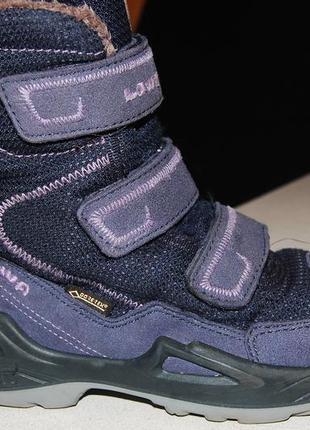 Lowa зимние ботинки 30 размер на девочку