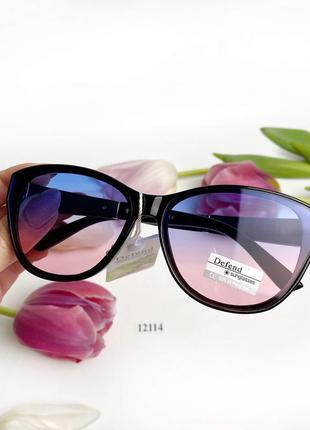 Топовые солнцезащитные очки с цветными градиентными линзами