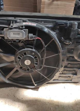 Ford Escape 2012- диффузор радиатор основной интеркуллера вент...