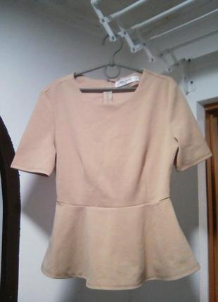 Блузка с баской футболка с баской