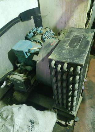 Продаю холодильный компрессор и агрегат. Електромоторчики 220v