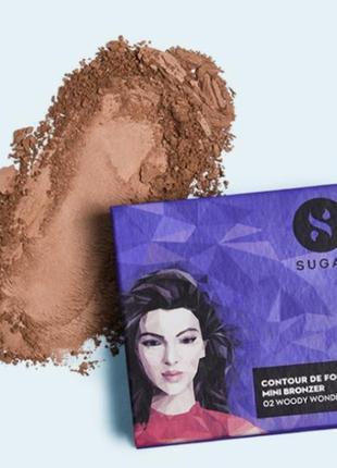 Sugar cosmetics сияющий бронзер в оттенке woody wonder, 4 гр.