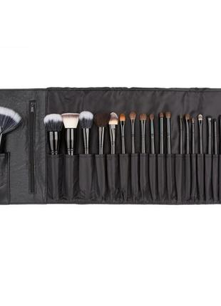 Набор кистей coastal scents 22 piece brush set.