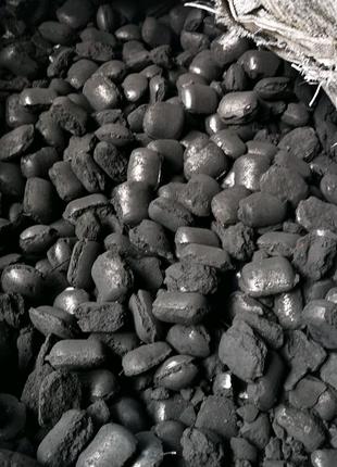 Топливные брикеты из тех.углерода