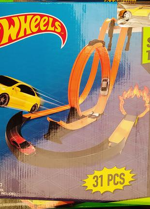 Гоночный трек Hot Wheel 8825 хот вилс 2 металлические машинки