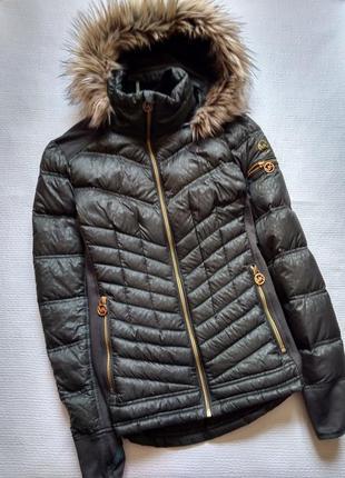 Отличная куртка пуховик