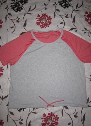 Серо-коралловая теплая мягкая футболка реглан большой размер