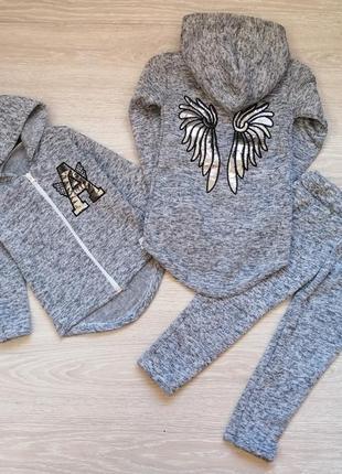 Теплый костюм для девочки ангел