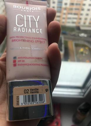 Tональный крем bourjois paris city radiance цвет vanilla