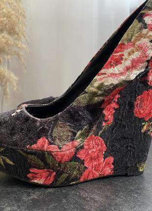 Новые туфли на платформе aldo, 35-36 р