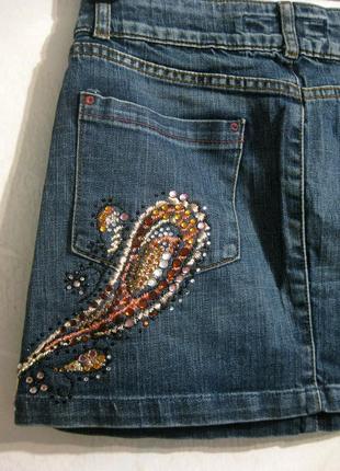 Юбка мини zara джинсовая коттон синяя с отделкой стразы камни ...