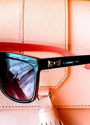 Очки солнцезащитные с градиентными линзами * качественные * новые