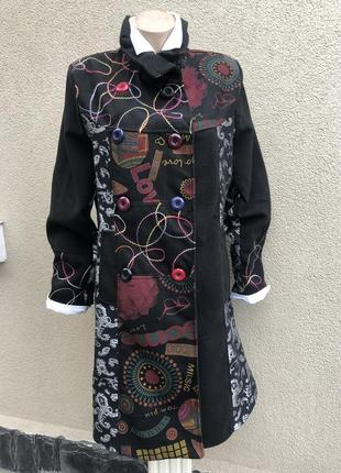 Чёрное пальто в принт,вышивка,в стиле desigual,италия,