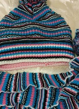 Яркий комплект шапка с шарфом