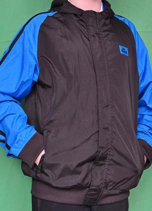 Стильная брендовая куртка с капюшоном lonsdale 11-12 лет