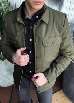 Классическая весенняя куртка хаки