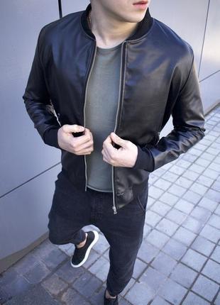 Весенняя куртка из экокожи шикарного качества черная ветровка ...