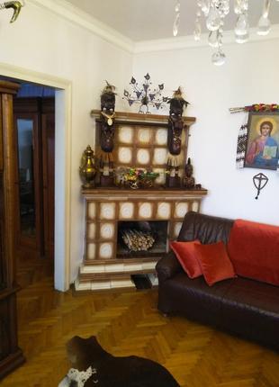 Елітна 3-х кімнатна в центрі Івано-франківська