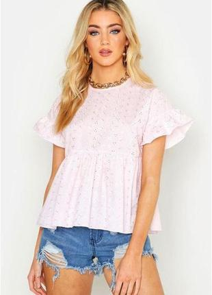 Укороченная блуза, топ с оборками, рюшами boohoo
