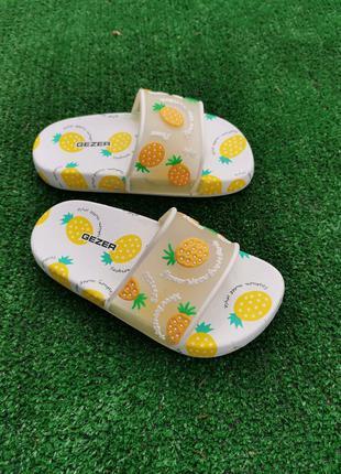 Шлепки детские ананас