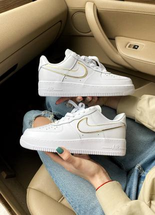 Nike Air Force 1 07 Essential White/Gold