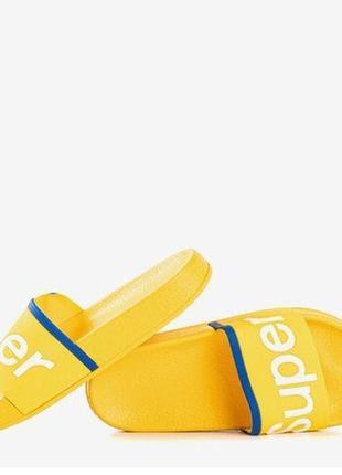 Желтые детские шлепанцы, сланцы