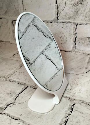 Зеркало настольное овальное, белое