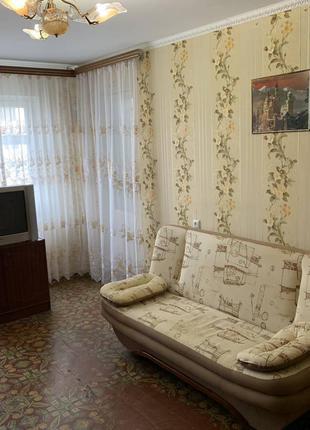 Продам трехкомнатную квартиру
