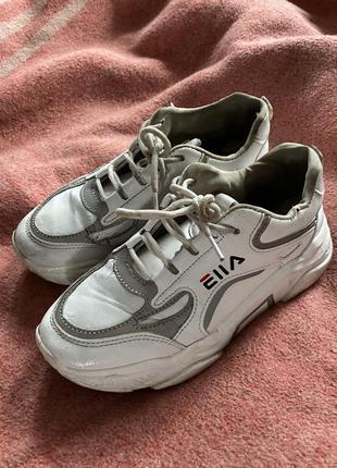 Кроссовки высокие белые фила филы со серебристыми светоотражат...
