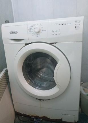 Стиральная машина Whirlpool  AWG 7081