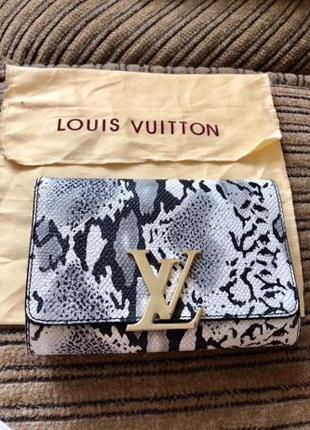 Продам женскую сумочку Louis Vuitton