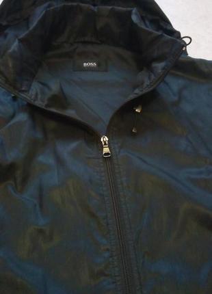Мужская жилетка с капюшоном hugo boss 52р.