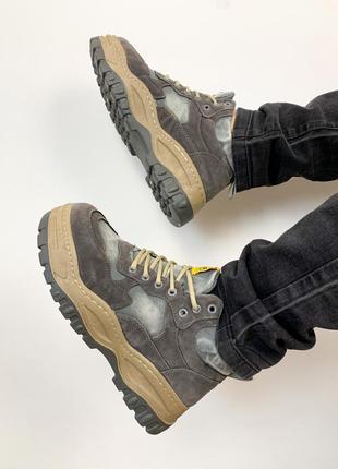 Мужские спортивные ботинки кроссовки на массивной подошве