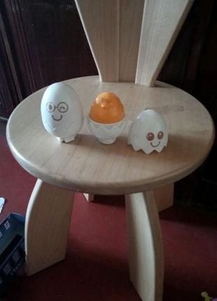 Продам две игрушки яйца