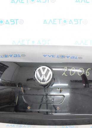 Крышка багажника VW Passat b7 USA черный L041