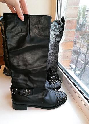 Черные демисезонные кожаные сапоги-трубы christian louboutin и...
