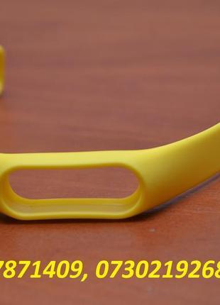Ремешок на фитнес трекер Xiaomi Mi Band 2