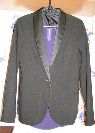 Пиджак с атласным бортом zebra