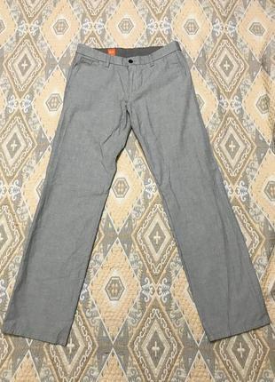 Серые светлые мужские штаны Hugo Boss