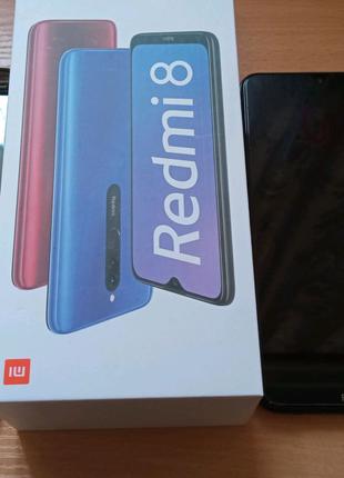 Сматфон Xiaomi Redmi 8 (4/64гб)