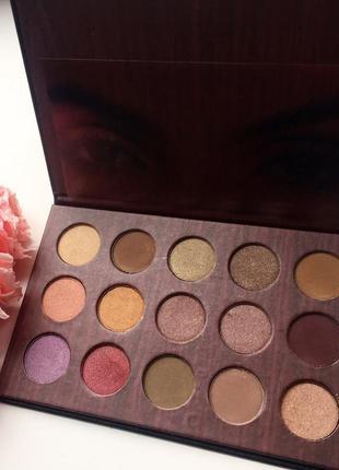Палитра теней Huda Beauty Megane Textured Shadow Palette👀