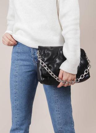 Большой чёрный вместительный клатч сумка на цепочке