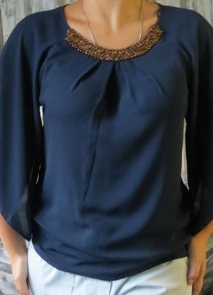 Шикарная блуза синего цвета украшенная бисером от f&f размер 4...