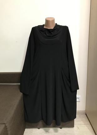 Платье свободного кроя с карманами в стиле бохо