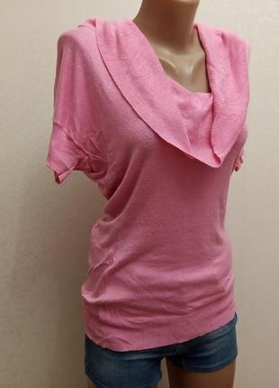 Пудра, розовый свитер с короткими рукавами
