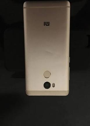Xiaomi Redmi 4 Pro в хорошем рабочем состоянии б/у